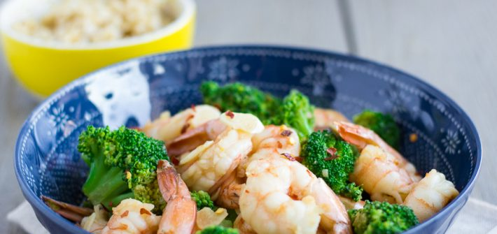 Garlic Shrimp and Broccoli Stir Fry- thaicaliente.com