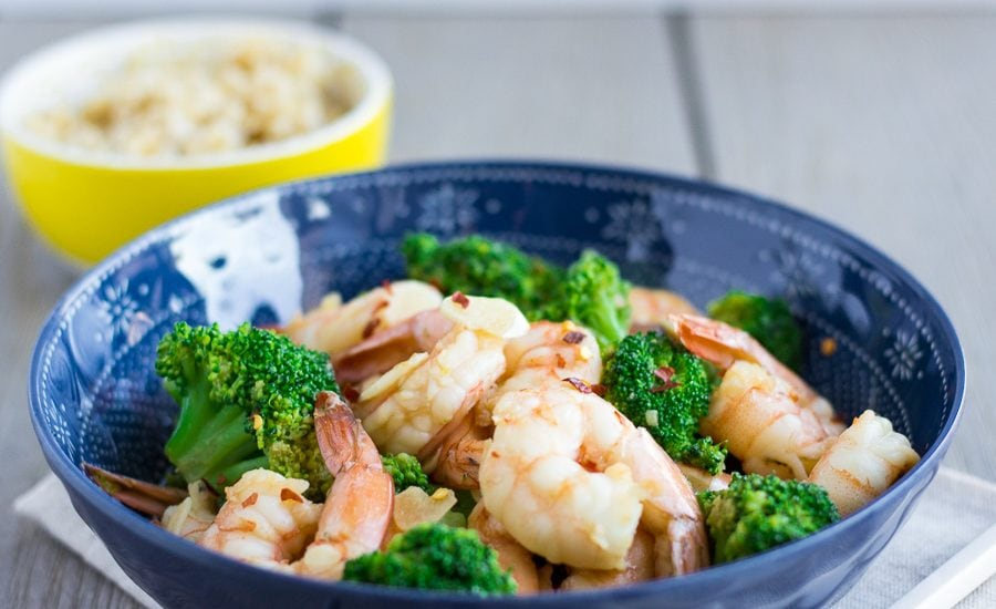 Garlic Shrimp and Broccoli Stir Fry- thaicaliente.com