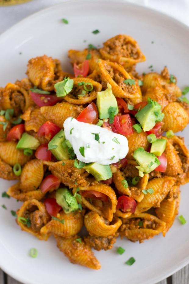 Cheesy Taco Pasta Shells- thaicaliente.com