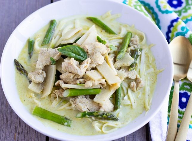 Thai Green Curry Chicken With Zoodles