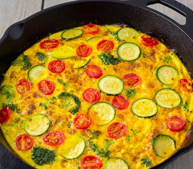 Easy Frittata Recipe filled with veggies and ground turkey taco meat. ThaiCaliente.com
